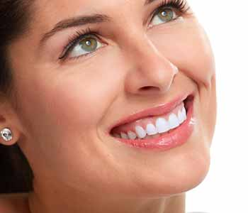 Cosmetic teeth whitening from AZ Dental Wellness of Scottsdale gives patients bright, dazzling smiles