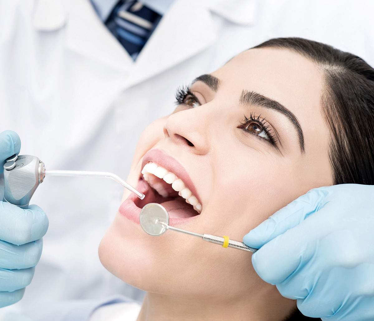 What Are the Benefits of Dentures for Missing Teeth?